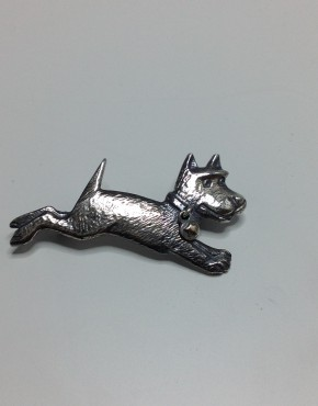 Midnight Run Dog Brooch