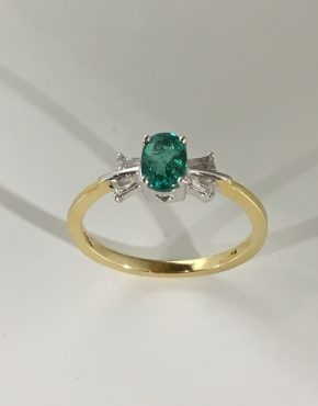 Beau Emerald Ring